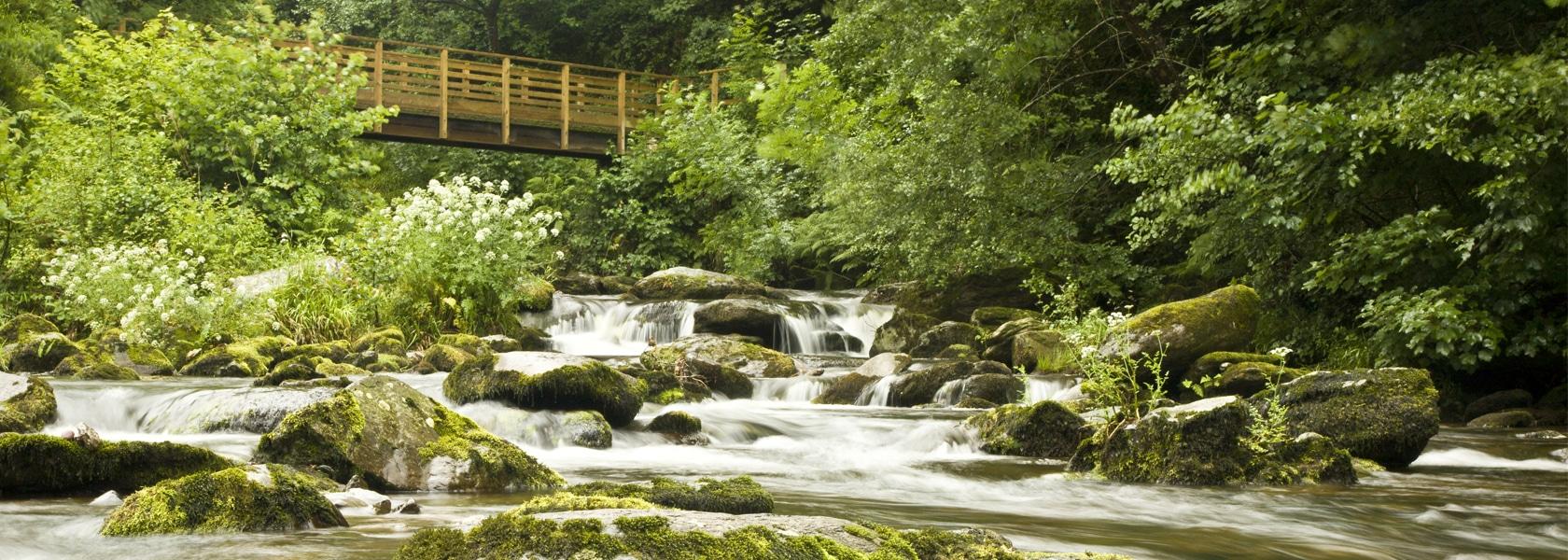 Watersmeet_Lynmouth_Bridge_1680px