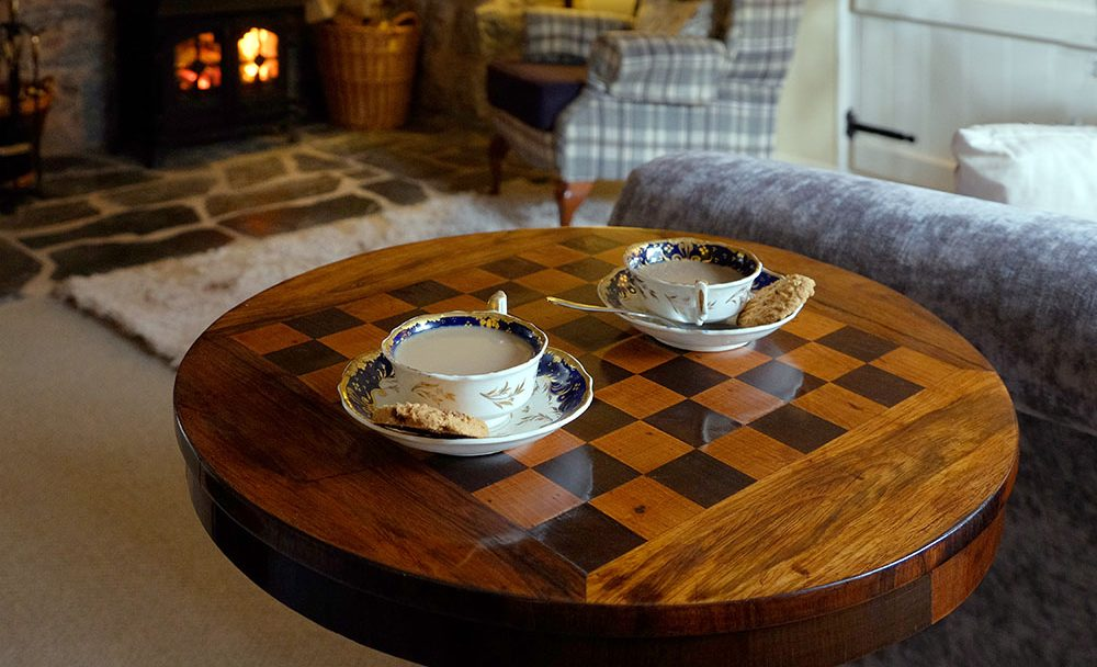 OSS_Front_room_chess_table