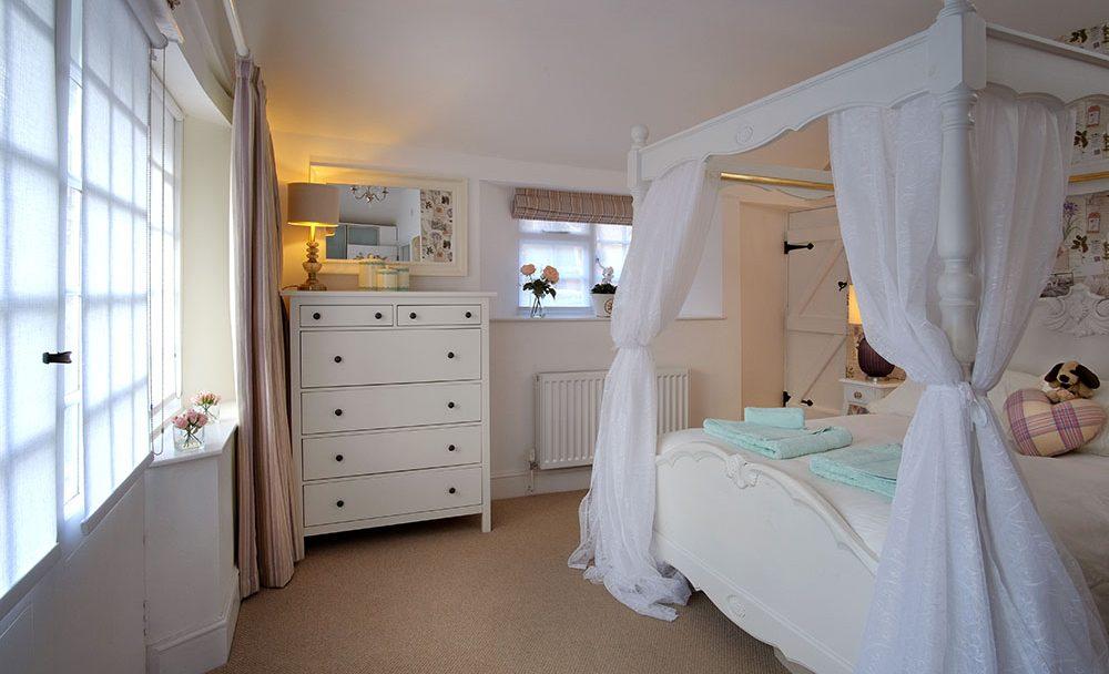 OSS_Refresher_bedroom_1